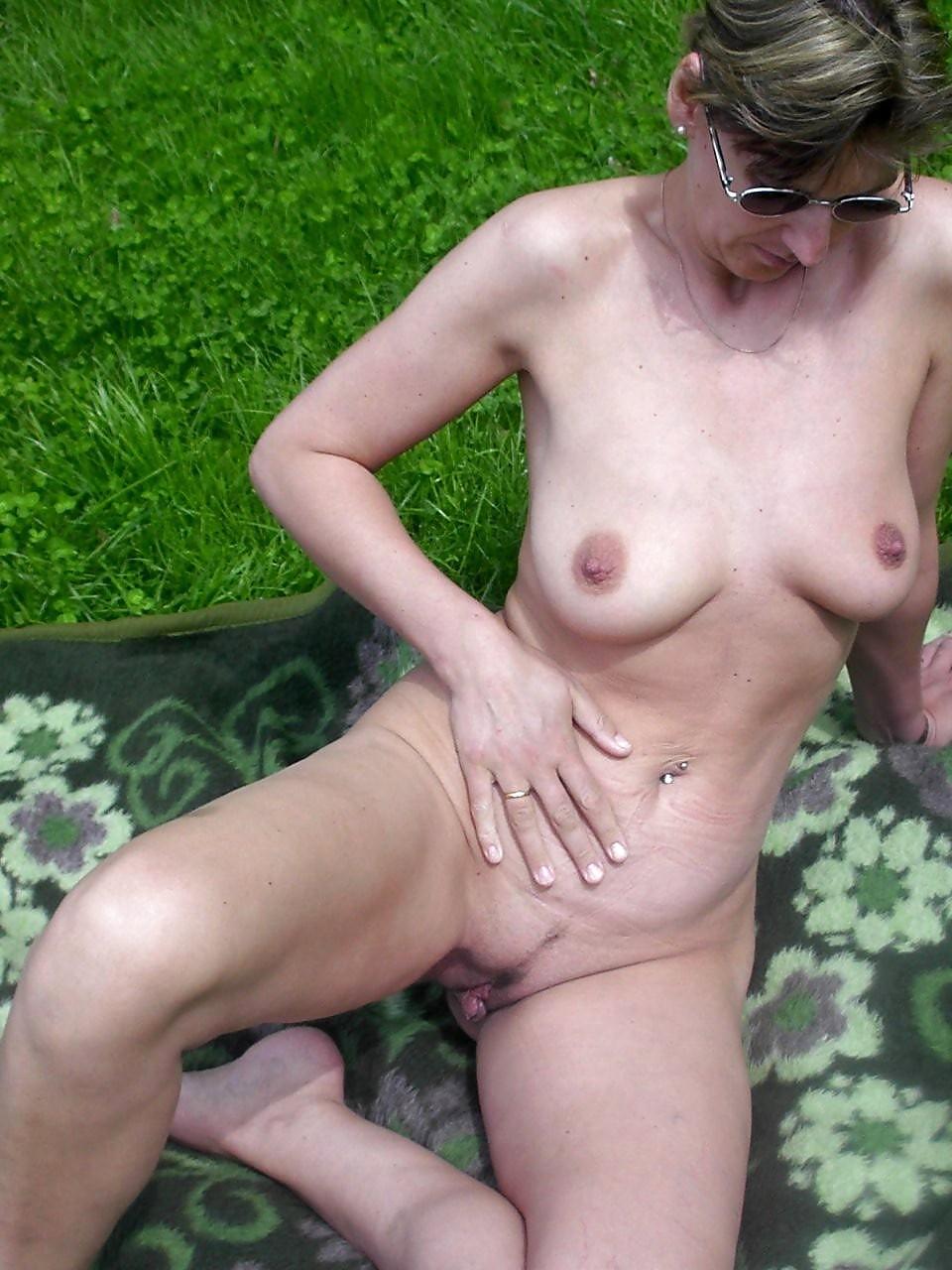 Mature older ladies nude