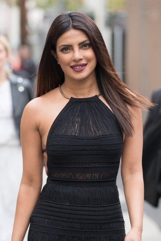 Priyanka chopra fake nude photos-8464