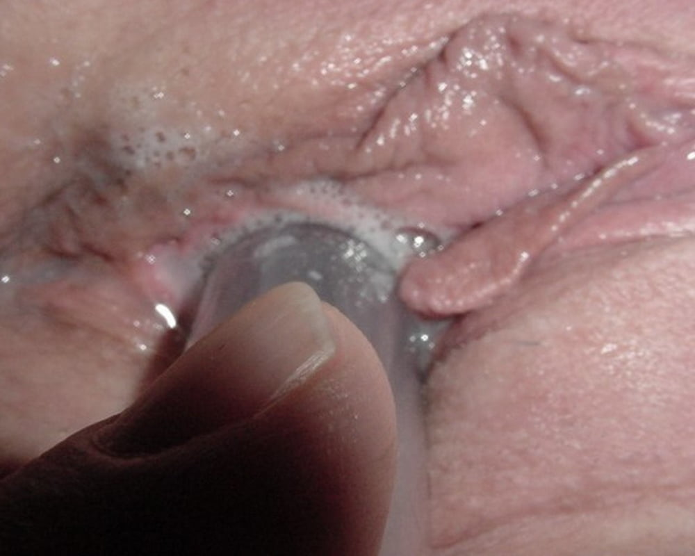Camera inside the vagina during sex and cum explosion