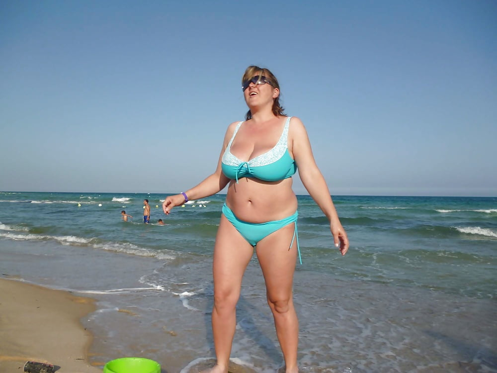 Частные фото пожилых женщин на пляже — 6