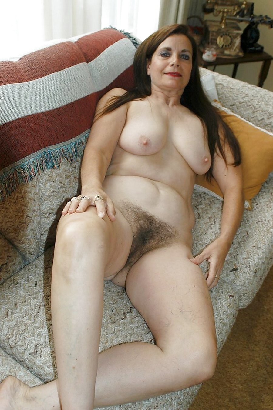 hot-nude-mature-jewish-women-girls-with-pussy-piercing-give-good-head