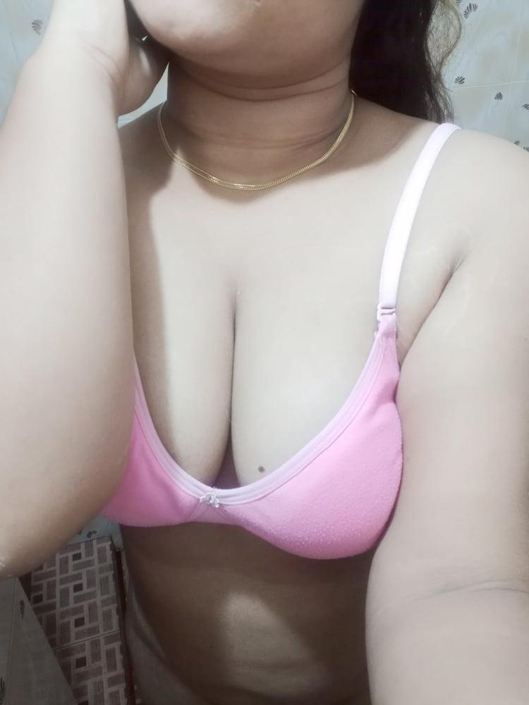 Big boobs - 9 Pics
