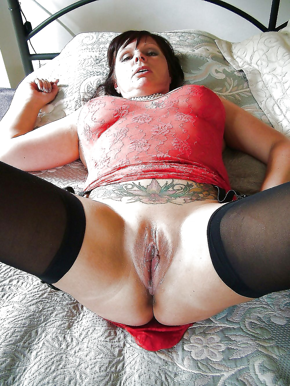 Sexy tight mature pussy — pic 9
