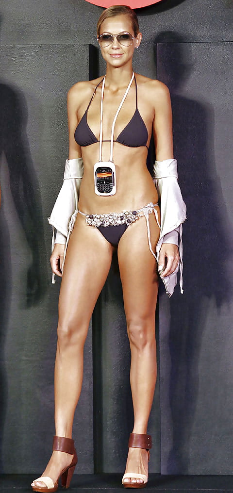 Meyer-wölden nackt sandy Giulia