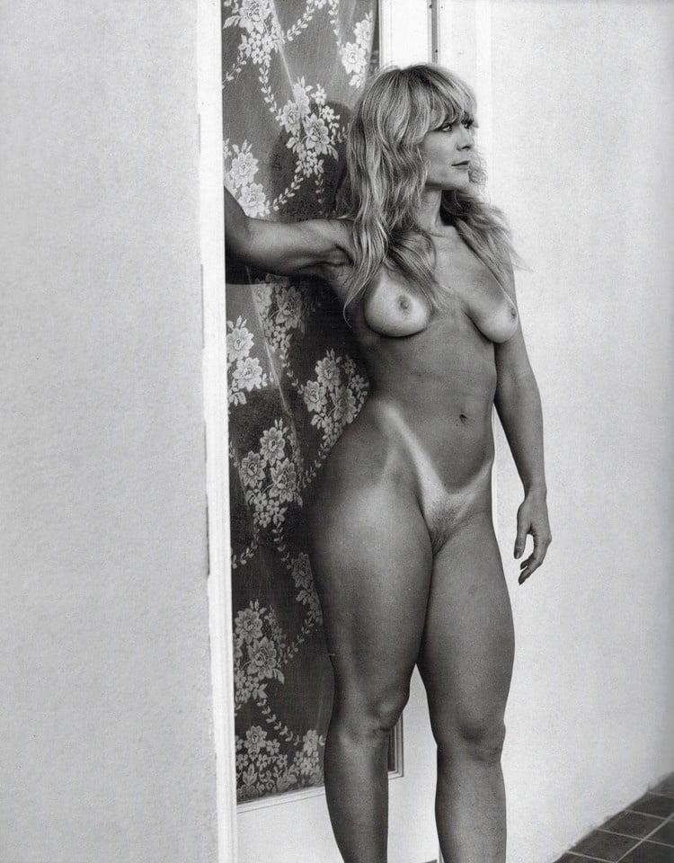 Women I'd Like to Fuck - Nina Hartley - 15 Pics