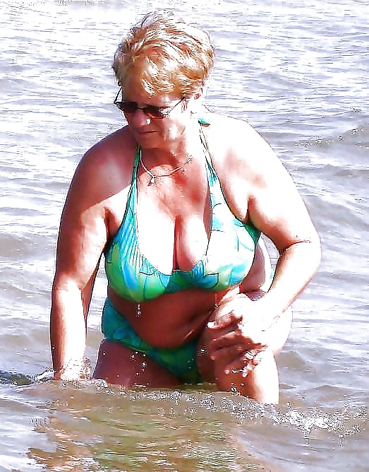 This excellent GranniES BUSTY BEACH regret