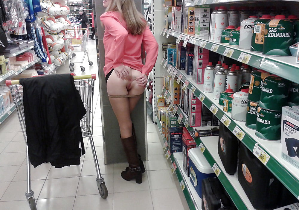 Жена без трусиков по магазину фото видео — pic 12