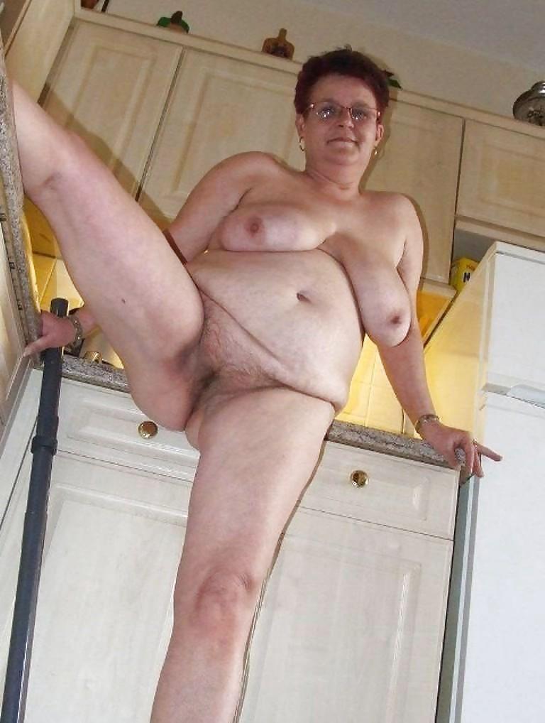 Older women saggy boobs