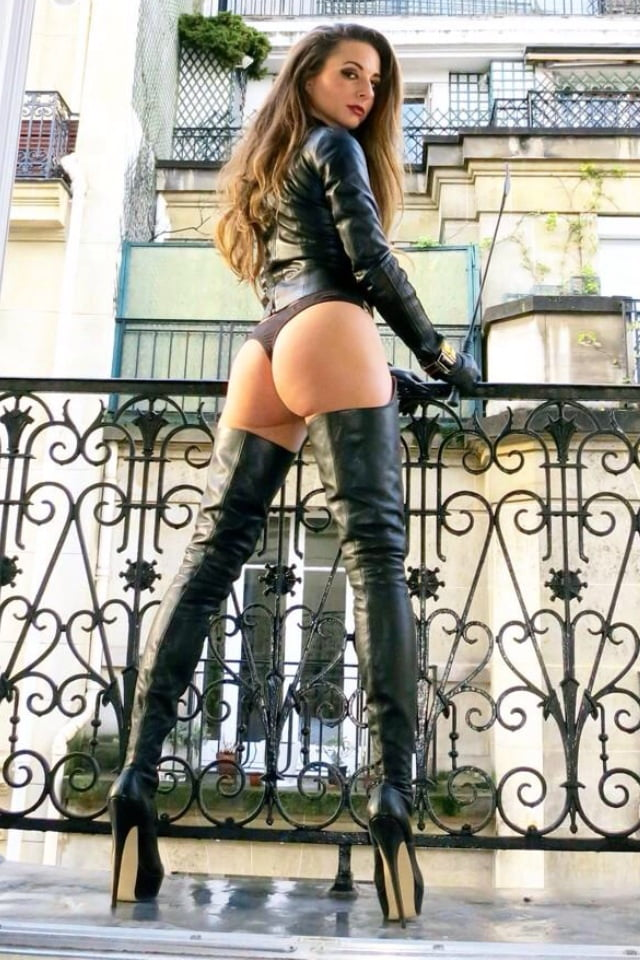 Hot nude women thigh high boots #3