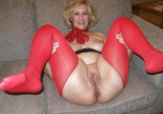 Naked amature mature women