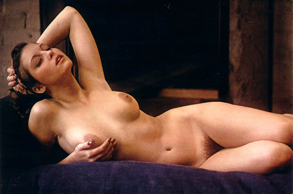 Mennell nude laura TheFappening: Laura