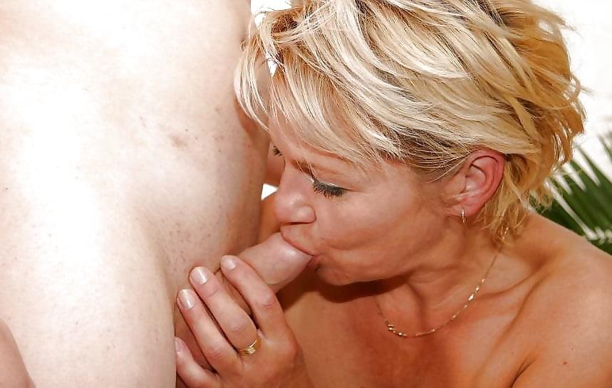Nackt ludmilla KI zieht