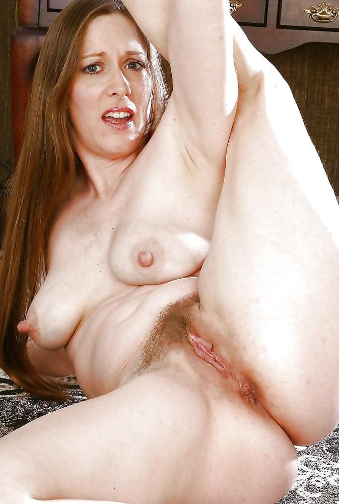 Porn naked hot picshar woman pussy natural — 7