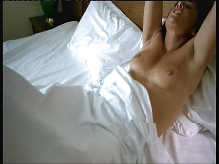 Topless Natalie Robb Nude Jpg