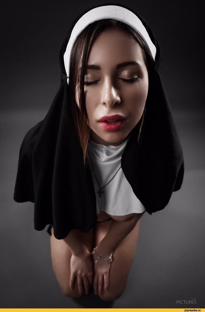 Sexy nuns fantasy girls — photo 13