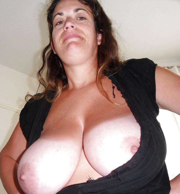 Mature Boobs Housewife