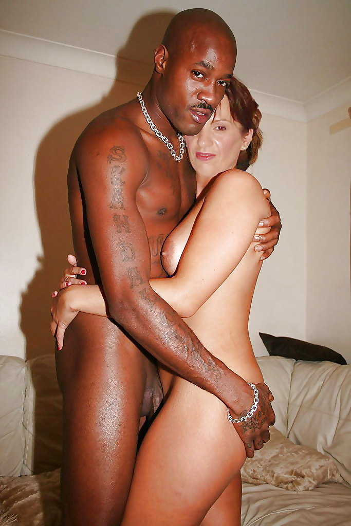 Young black slut with white — pic 4