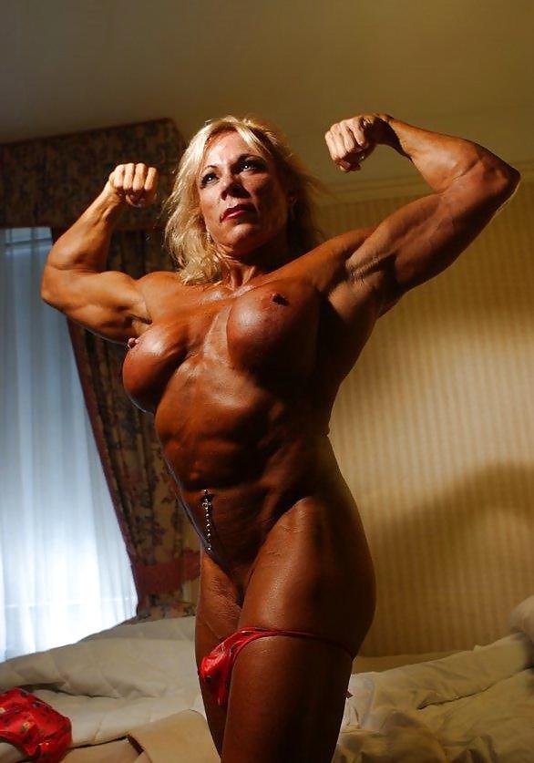 Mature women bodybuilding nude