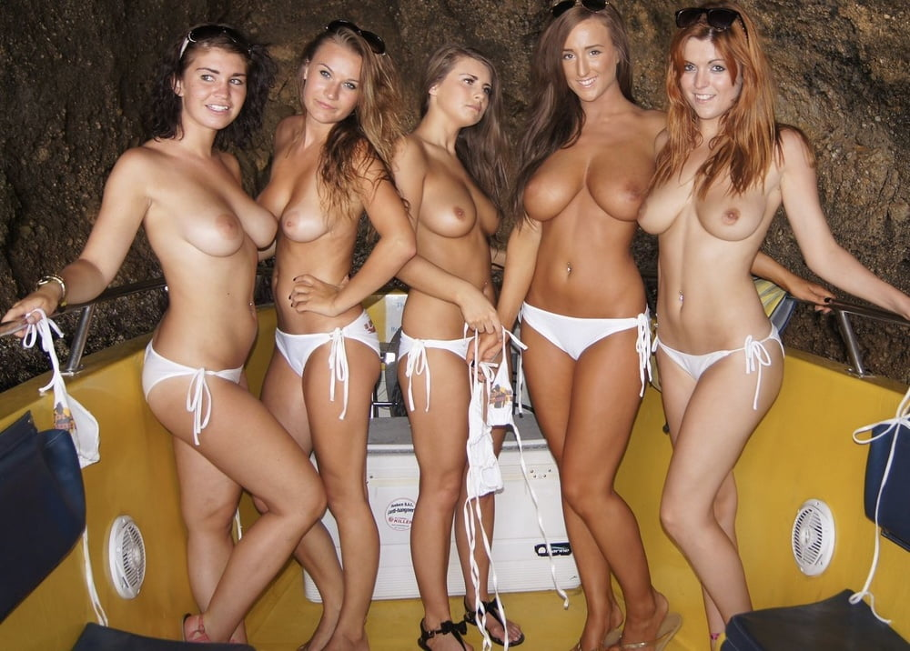 Naked College Coeds Porn Pics
