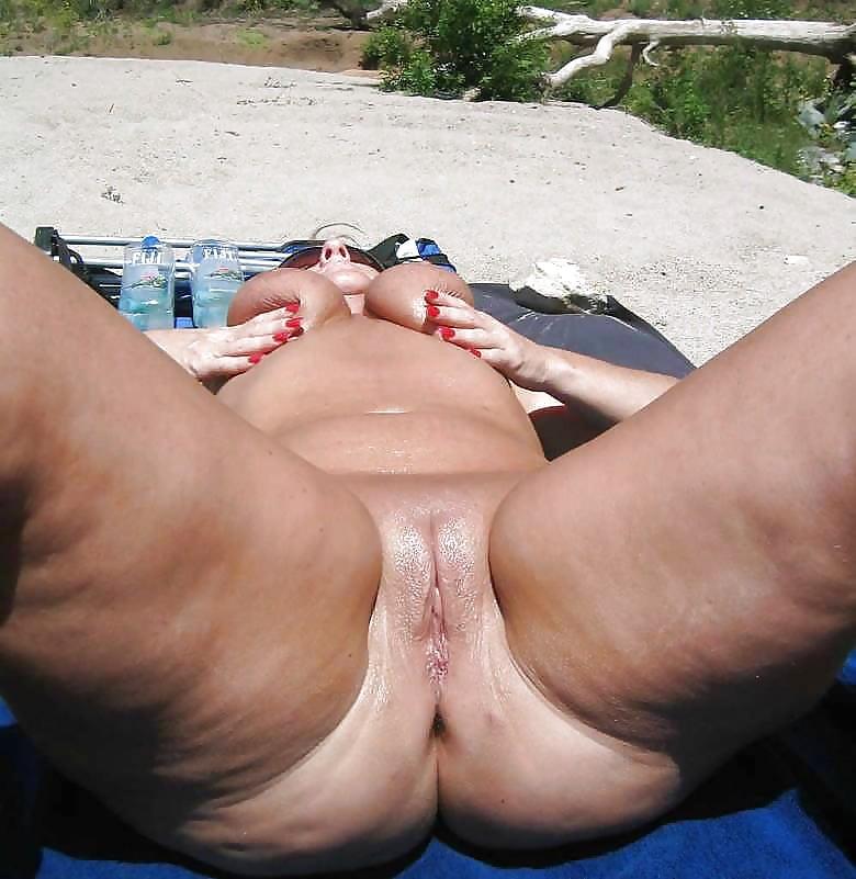 mature-voyeur-pictures-thumbnails