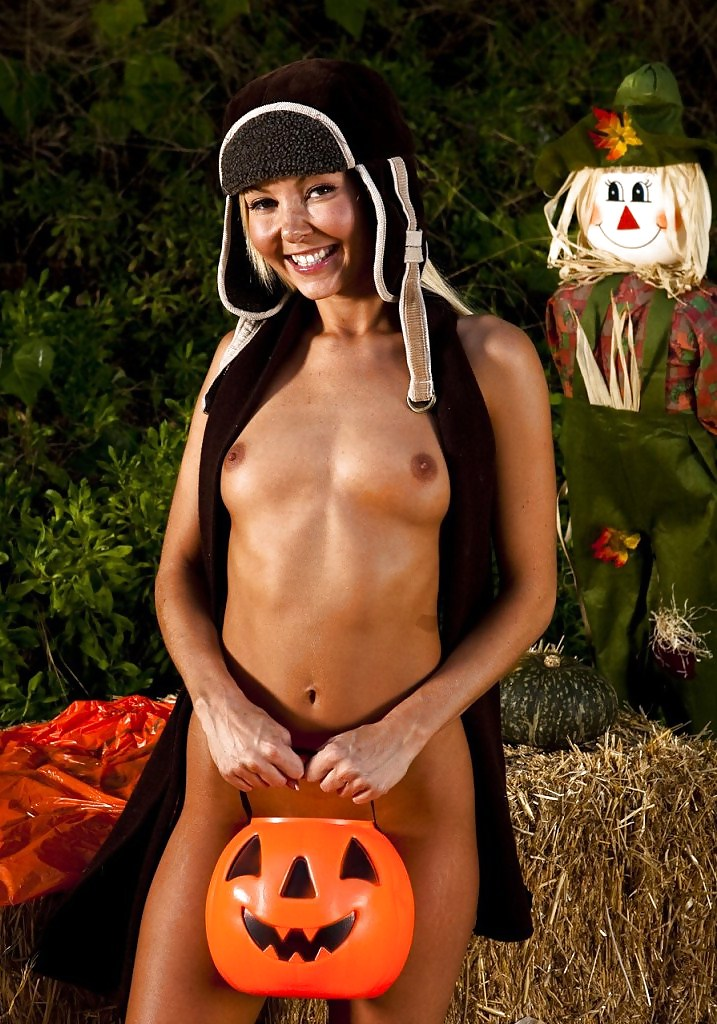 Naked girl taking his schlong ass as far as she could in her ass on halloween