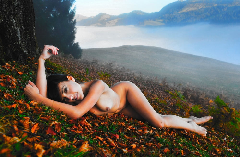 Attractive Natural Woman Posing Naked Stock Pawel Pornky 1