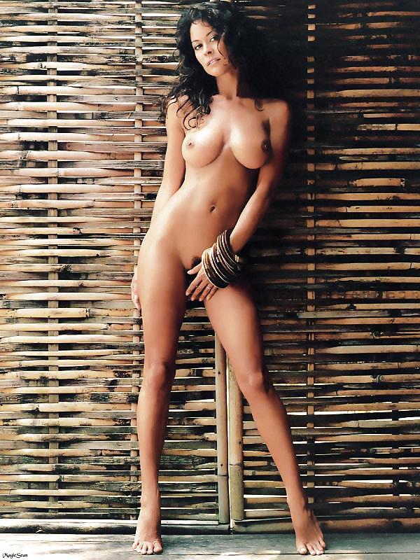 photos of burke Nude brooke
