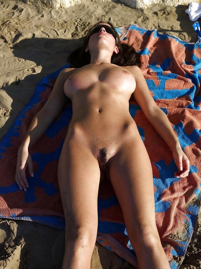 русские телочки голенькие загорают порно онлайн
