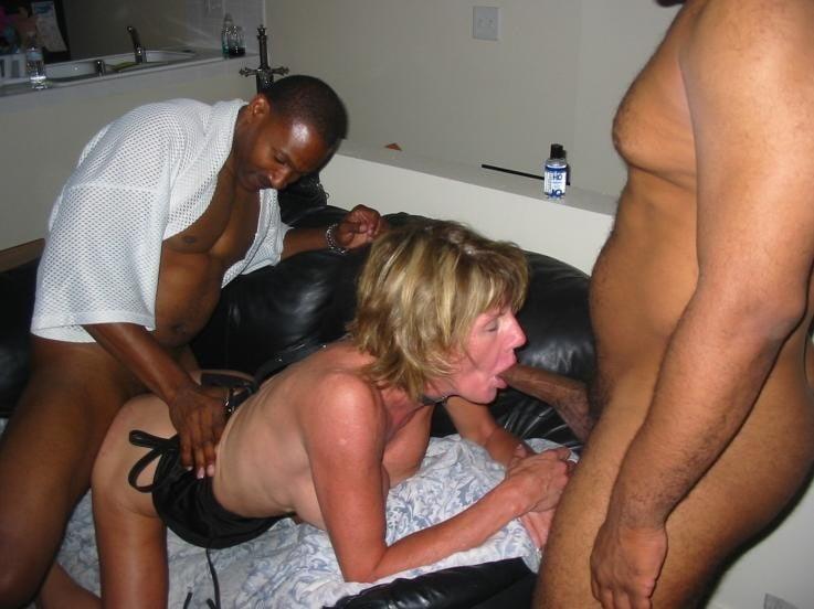 Mature housewives gone black xxx