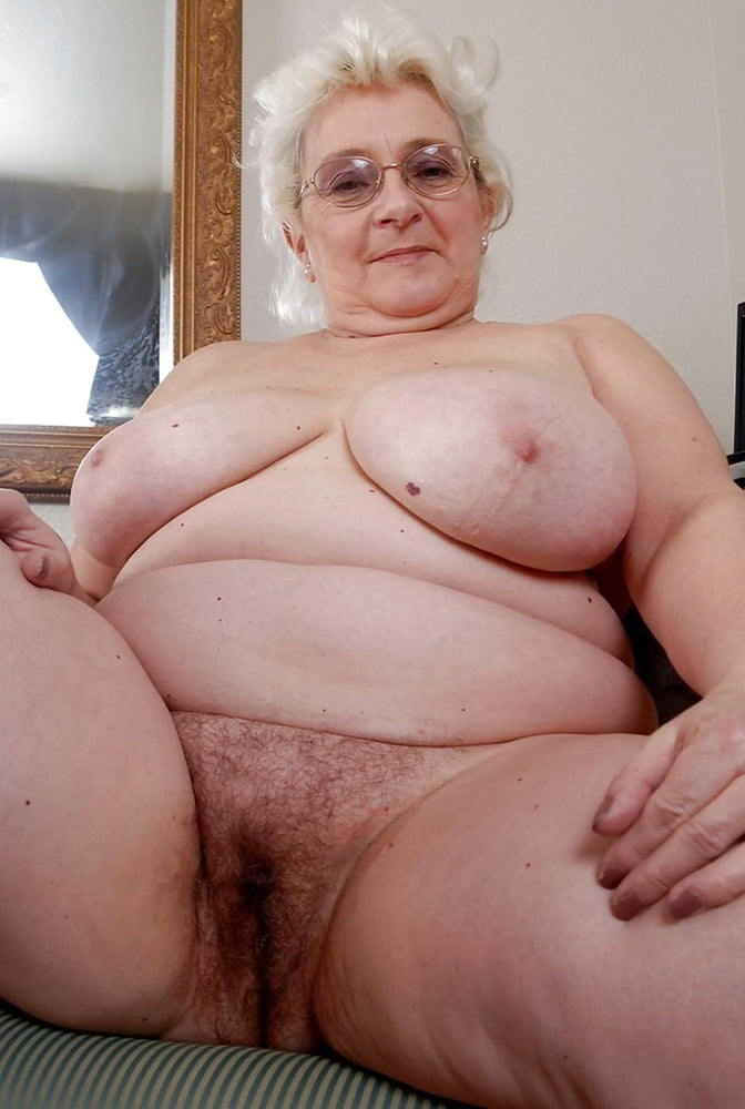 pictures-of-fat-naked-grannies