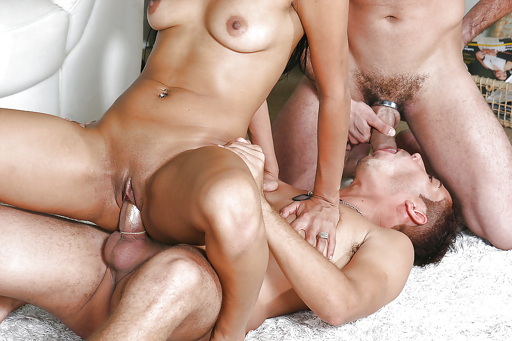 Hot bi threesome