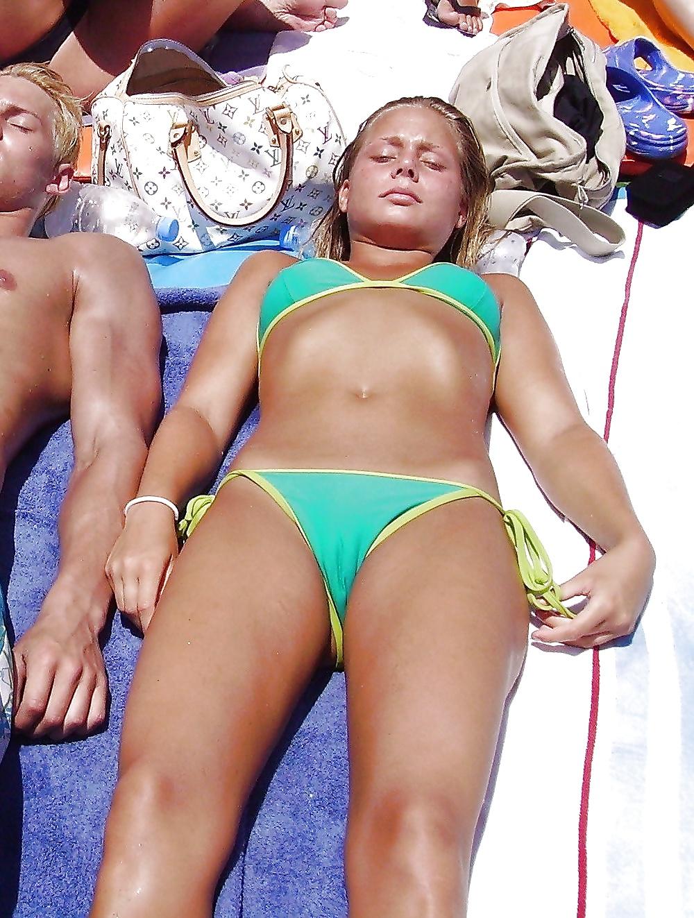 Teen Bikini sexy leaks