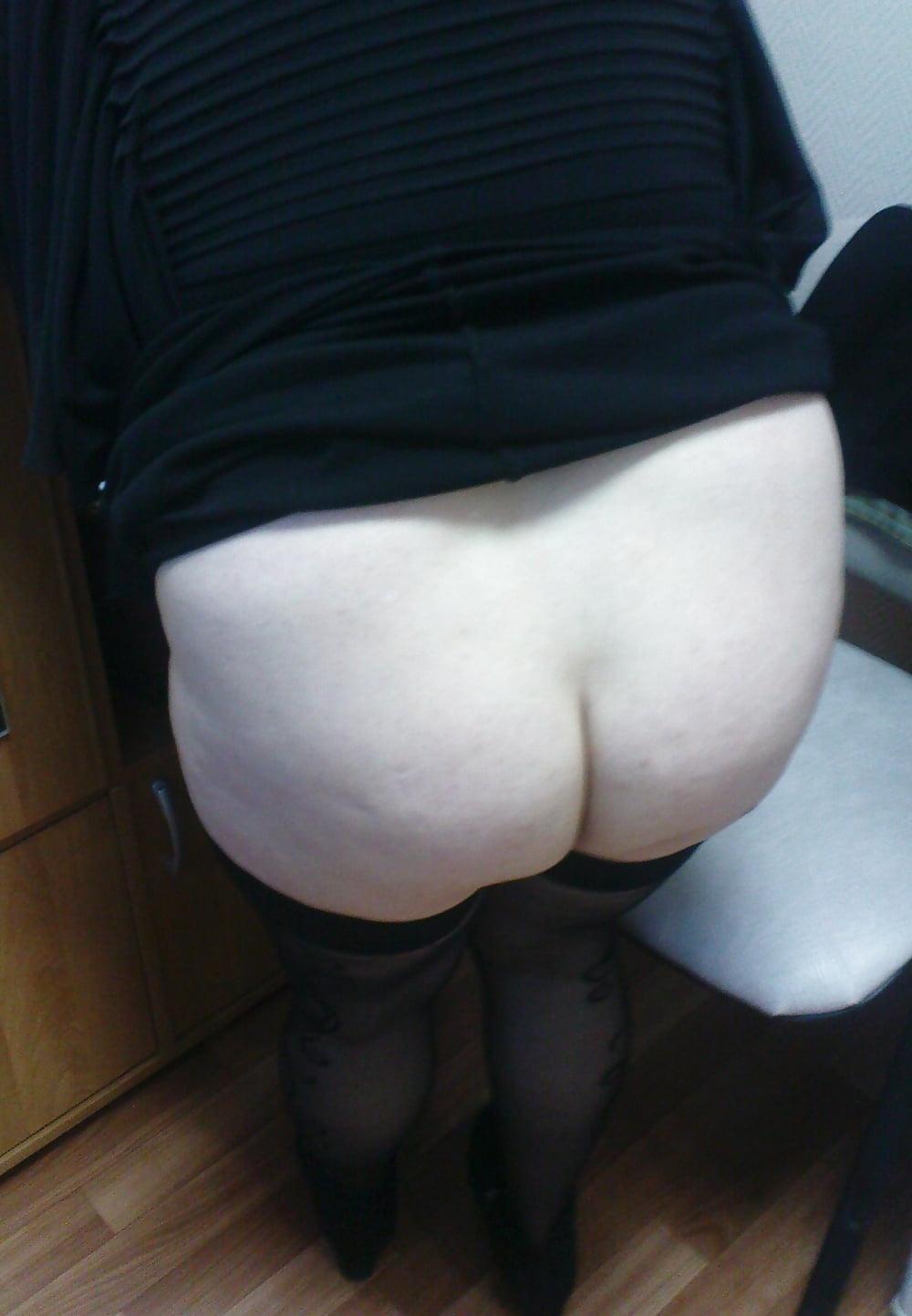 Mature Wife Upskirt No Panties Hidden Spy - 6 Pics  Xhamster-5479