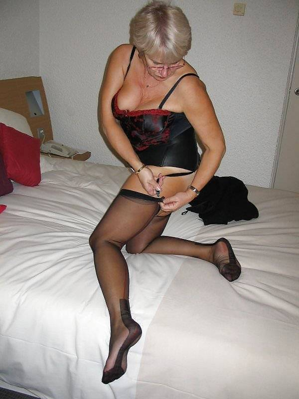 Mature in stockings anal