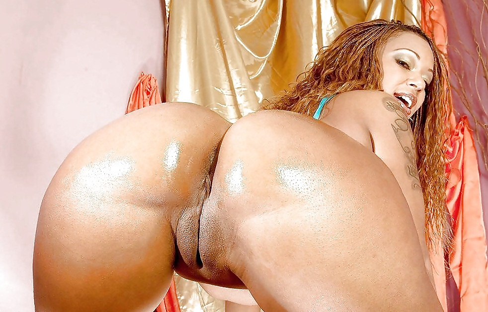 Big booty mixed girl porn — photo 9
