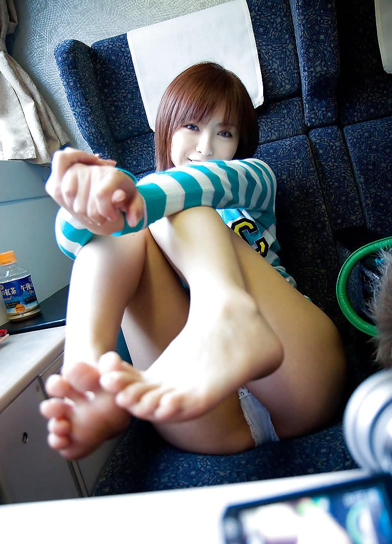 orgiya-video-ero-foto-yaponok-v-transporte-foto-zhenshin