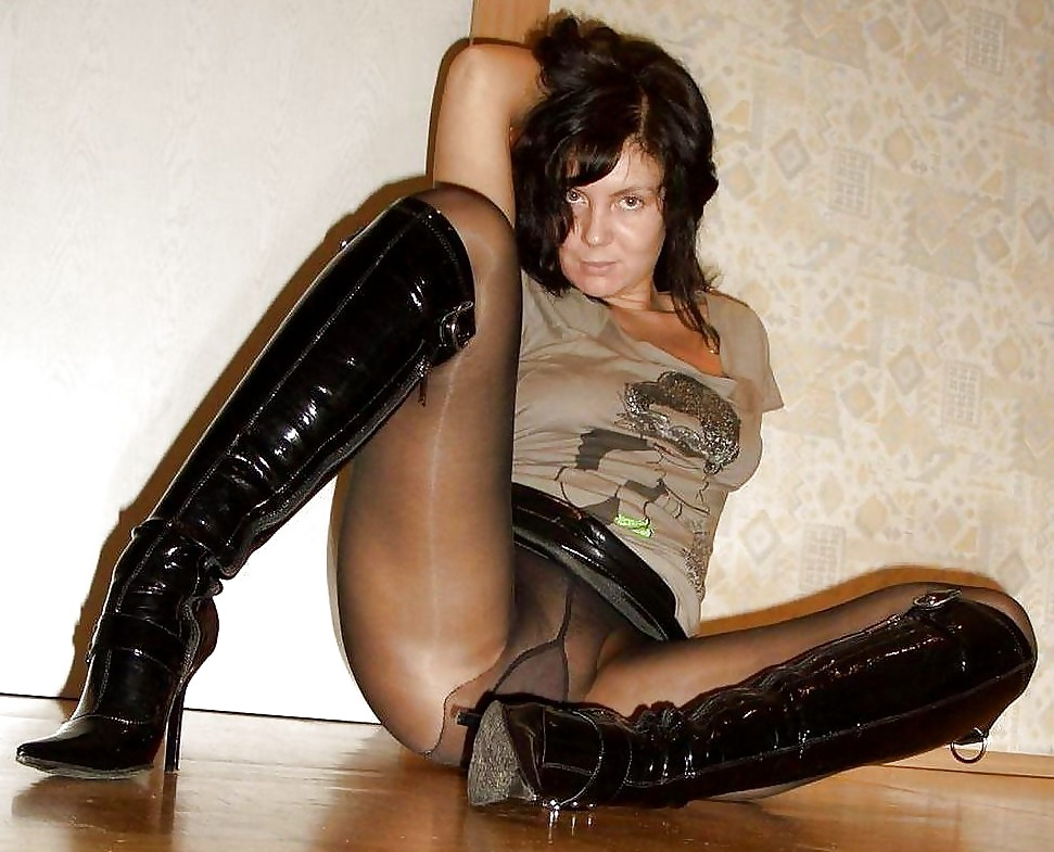 Milf In Boots Homemade Sex Tape Sex Photos