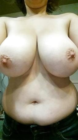 Wifes jemals wachsender brüste, die mich heute morgen vom bett an mich geschickt haben