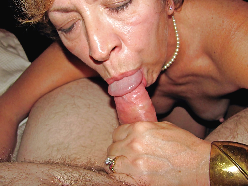 Mature Blowjobs Picture Galleries