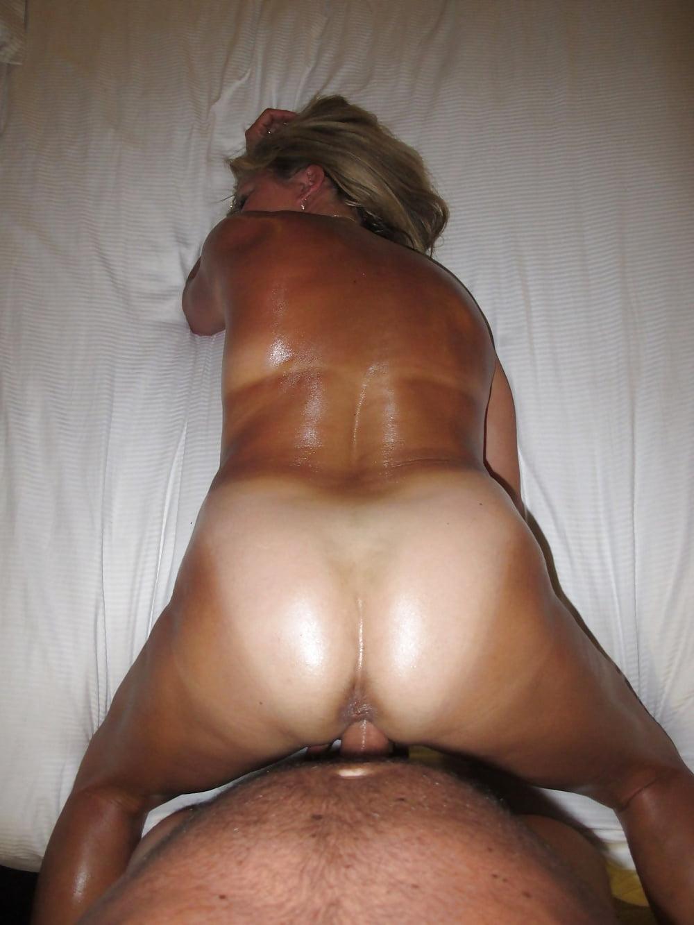 tan-butt-sex