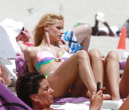 Natalya alberto tiny bikini at miami beach - 5 5