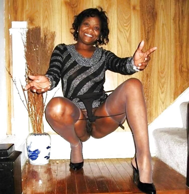Carolina naked ebony milf white panty videos rogers nude