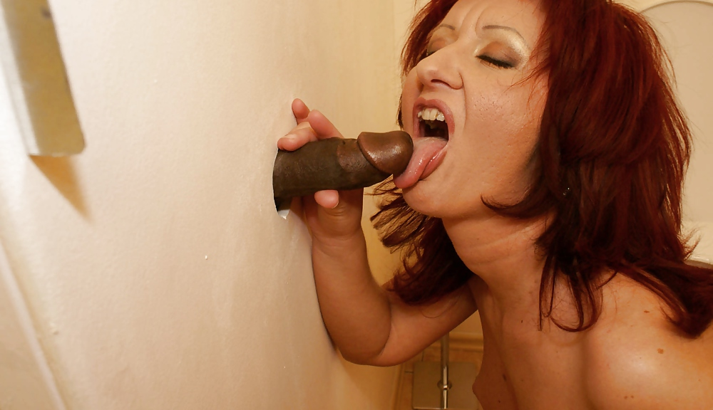 Russian glory hole granny 9