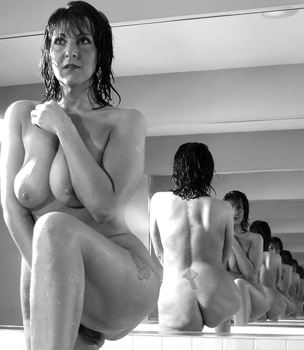 moms-nude-erotic-photo-gallery-nude-girls-in-hospitals