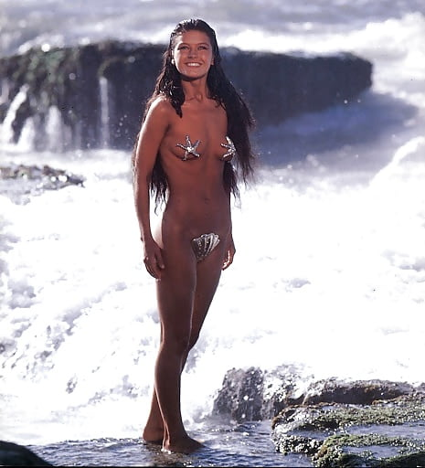 Catherine zeta jones nude images