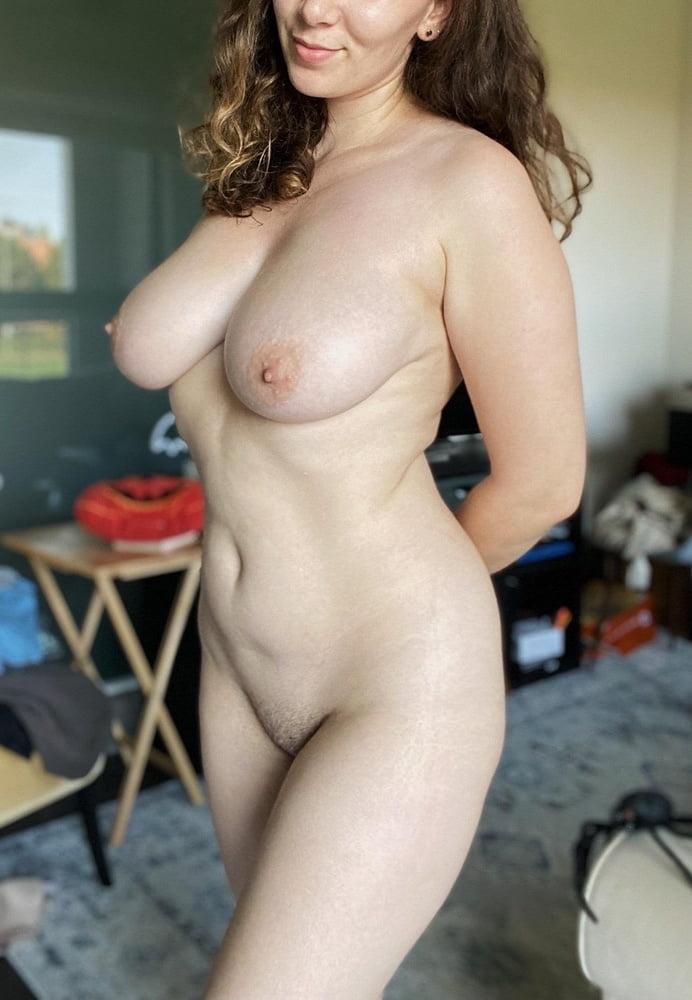 Sagging huge tits-8170