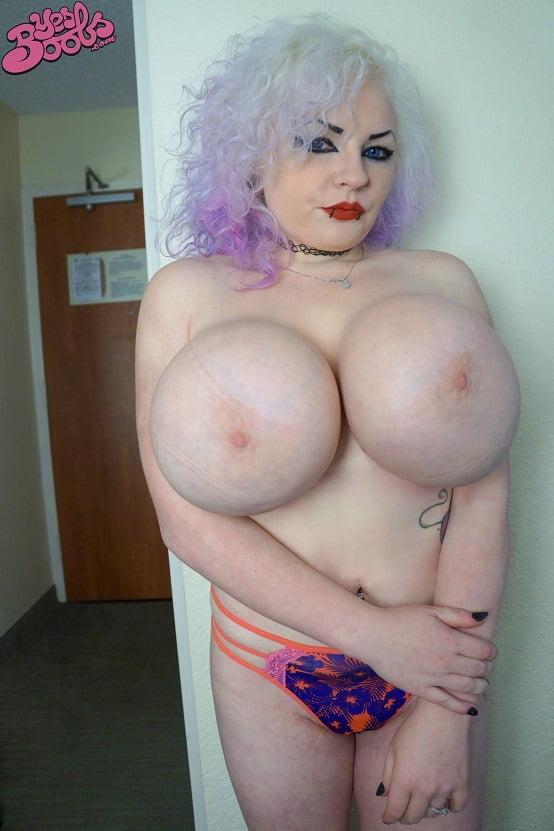 Huge Silicone Tits - 300 Pics - Xhamstercom-5813
