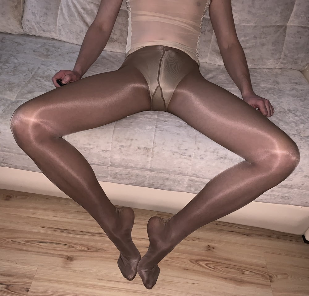 in pantyhose Aunts