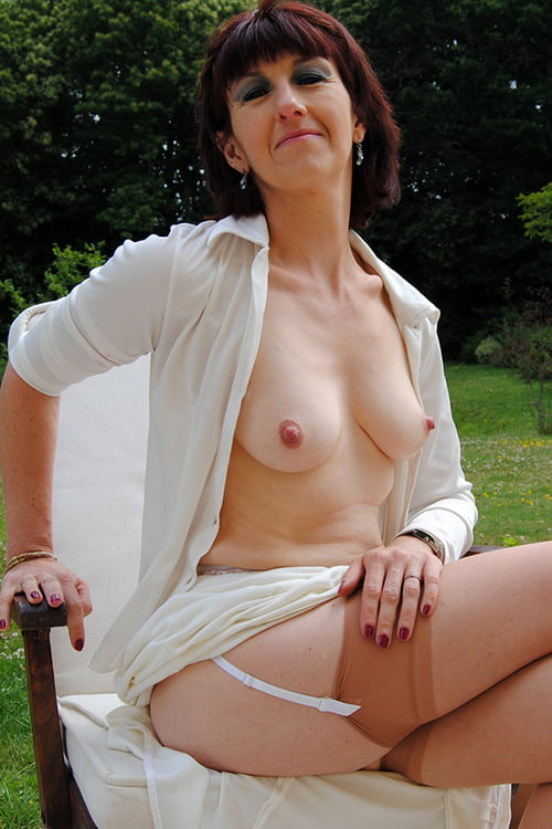 Famous actresses nude pics