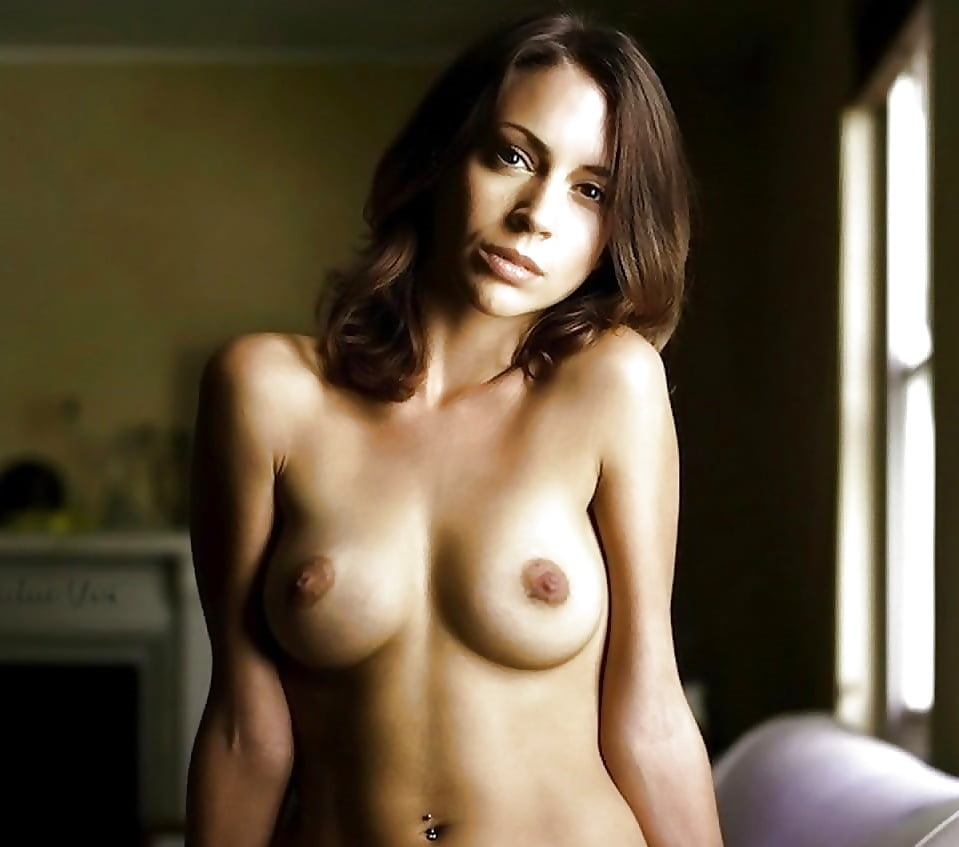 Charmed Prue Naked